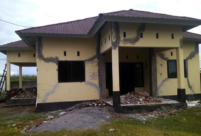 Rehab Kantor Desa Kiantar Macet, Warga Tuding Kades Selewengkan Anggaran
