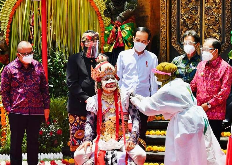 Vaksinasi Massal Digencarkan di Bali, Agar Pariwisata Kembali Bangkit