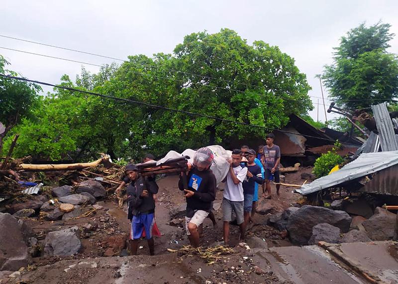 Banjir Bandang di NTT Telan Korban 128 Orang Meninggal, 72 Orang Hilang, dan 8.424 Orang Mengungsi