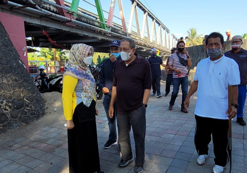 Mitigasi Bencana Banjir, Bupati dan Wakil Bupati Sumbawa Turun Ke Sungai Brang Bara