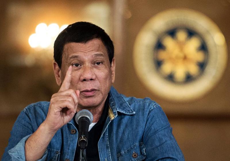 Presiden Filipina Ancam Penjara Orang yang Menolak Disuntik Vaksin Covid-19