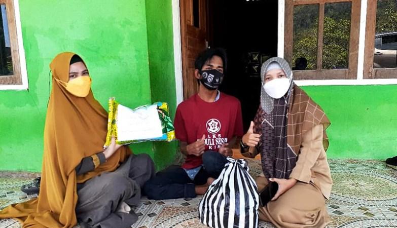 LKS Peduli Sesama Terus Bergerak Membantu Para Disabilitas dan Lansia di Sumbawa Barat LKS Peduli Sesama KSB
