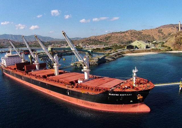 Pelabuhan Bongkar Muat Barang PT Amman Mineral Nusa Tenggara di Benete Maluk Sumbawa Barat