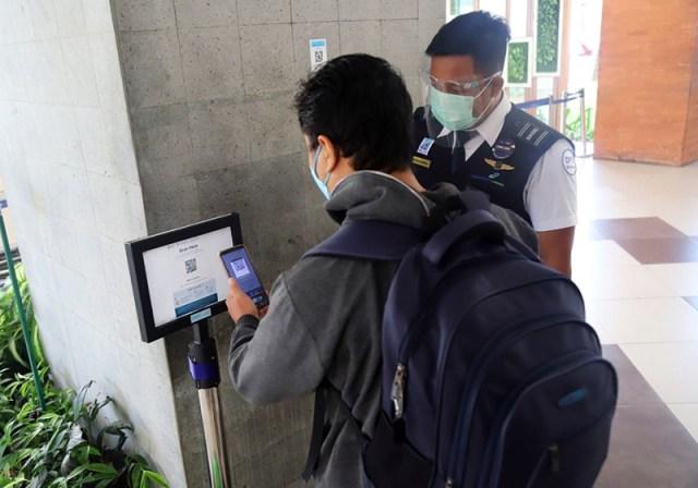 Aplikasi PeduliLindungi Akan Diwajibkan Pada Semua Area Publik PeduliLindungi di Bandara 1