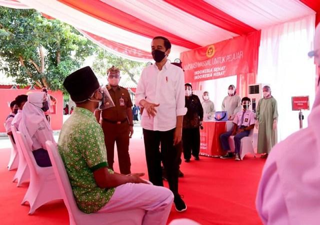 Vaksinasi Covid 19 Bagi Pelajar Mulai Dilaksanakan Secara Masif dan Besar besaran Presiden Jokowi 1