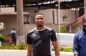 Read more about the article Nigeria comedian Senator arrives in Accra for Easter Comedy on Saturday at AICC