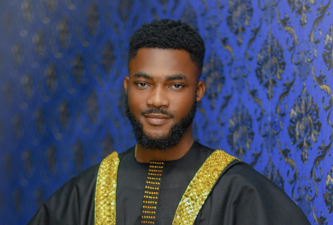 Ghone Tv's Aaron Ayiih wins TV personality of the year at Fashion & Lifestyle Awards 2019