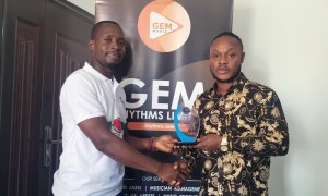 Keche Wins Best West African Artiste Of The Year At PAIR-AWARDS
