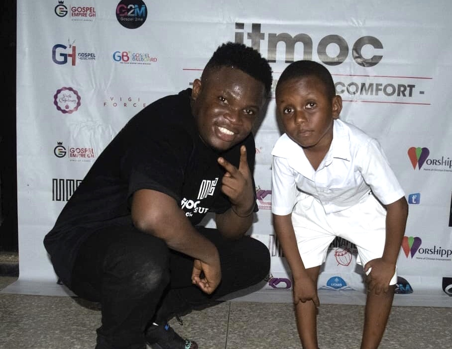 ELVIS THE YOUNG LAD STEALS SHOW AT ITMOC SCHOOL TOUR WITH KOBBY SALM