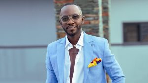 Okyeame Kwame Lectures Young Artistes On How To Get International Deals