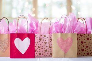 اجمل هدايا عيد الحب للبنات