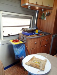 Womoküche http://www.kochen-und-backen-im-wohnmobil.de