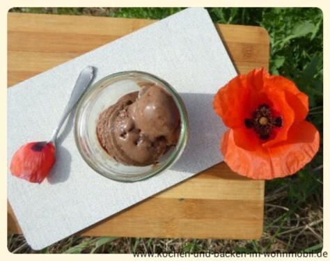 Schokoladeneis www.kochen-und-backen-im-wohnmobil.de