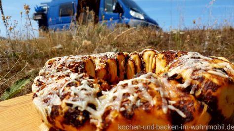 Omnia Rezept Zupfbrot kochen-und-backen-im-wohnmobil.de