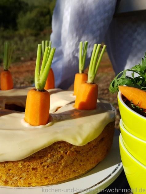 Omnia: Möhrenkuchen