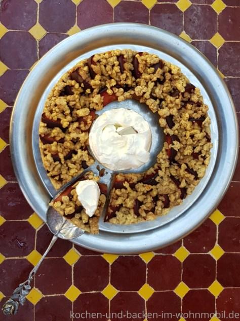 Omnia Rezept: Pflaumenkuchen mit Zimtstreuseln
