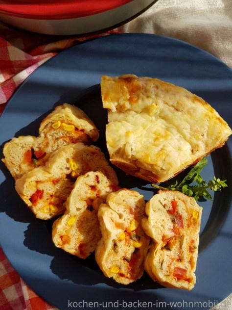 Omnia Backofen: Pizza backen