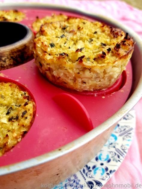 Feine Low Carb Muffins mit Blumenkohl und Käse aus dem OMNIA