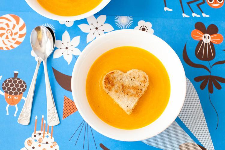 Karotten-Fenchel-Suppe mit roten Linsen