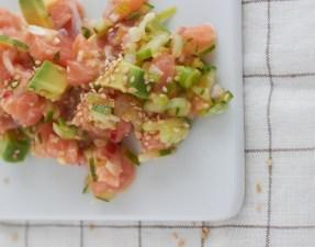 avocadolachssalat-gastpost-tastesheriffweb