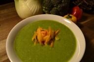 Gemüsecremesuppe mit Wurzeln