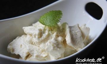 Rharbarber-Joghurt-Eis