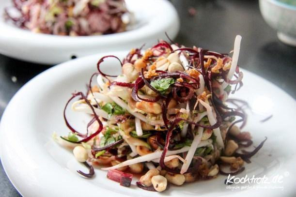 glasnudelsalat-mit-zucchini-nudeln-low-carb-1-4