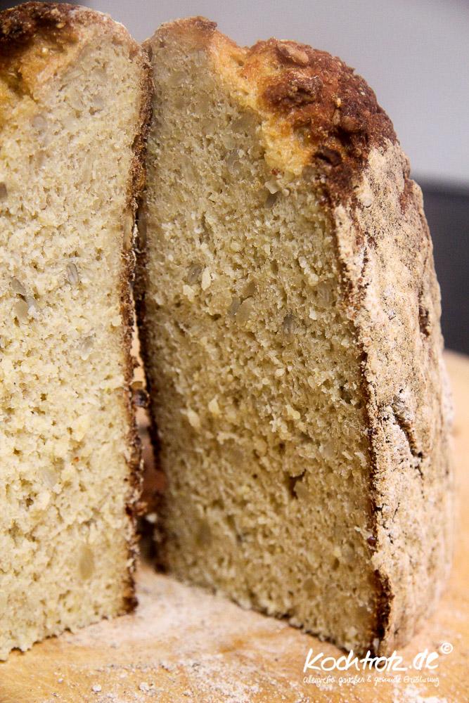 quinoa-brot-halb-halb-glutenfrei-rezept-kochtrotz-1-23