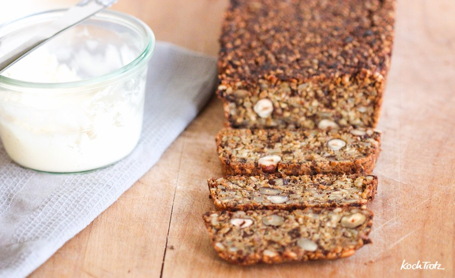 life-changing-bread-low-carb-keine-flocken-glutenfrei-vegan-variables-rezept-1-6