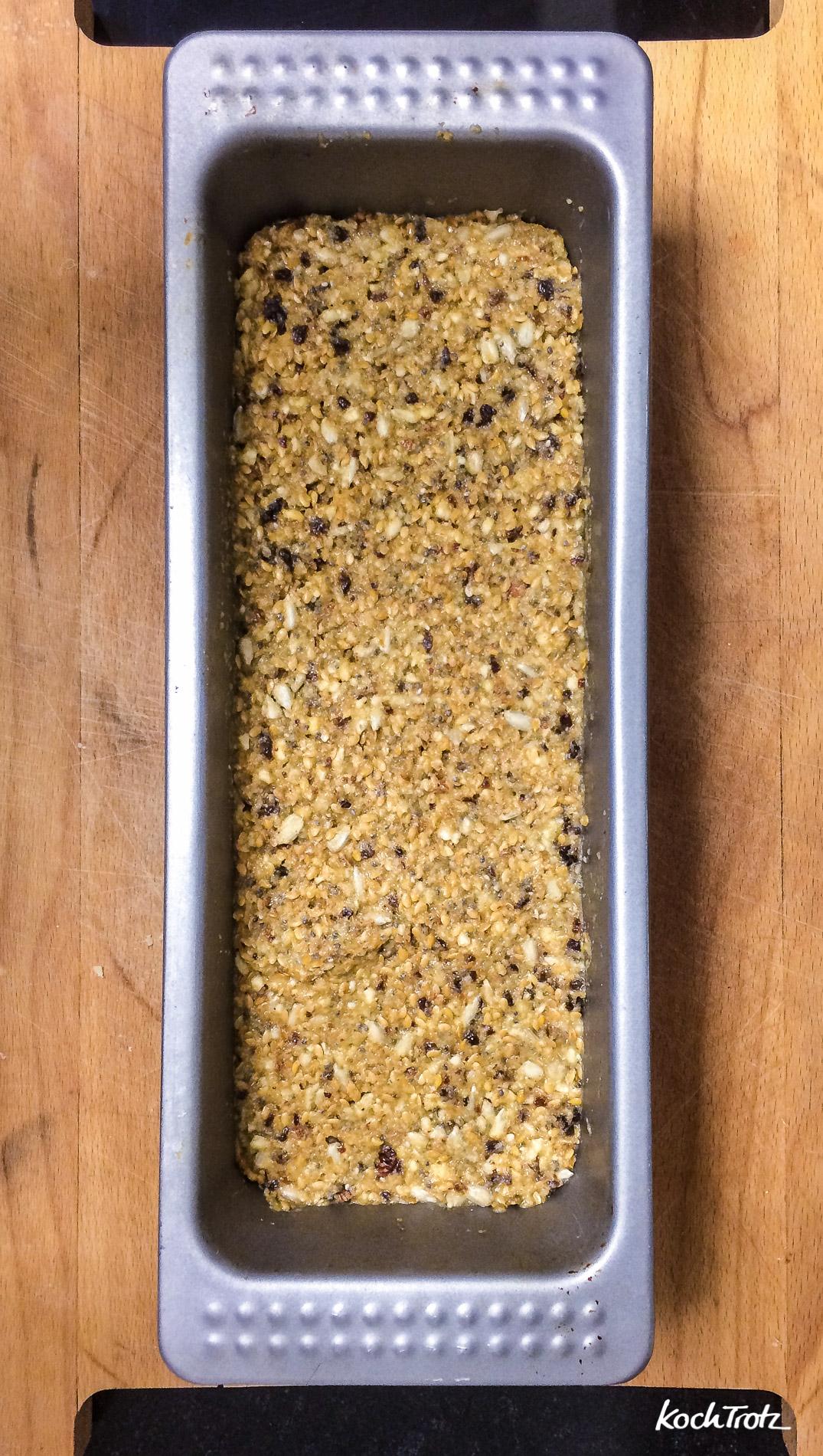life-changing-bread-low-carb-keine-flocken-glutenfrei-vegan-variables-rezept-1
