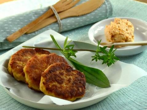 Kartoffelkrapferl-mit-Liptauer