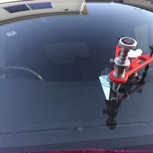 ステップワゴンのフロントガラス修理