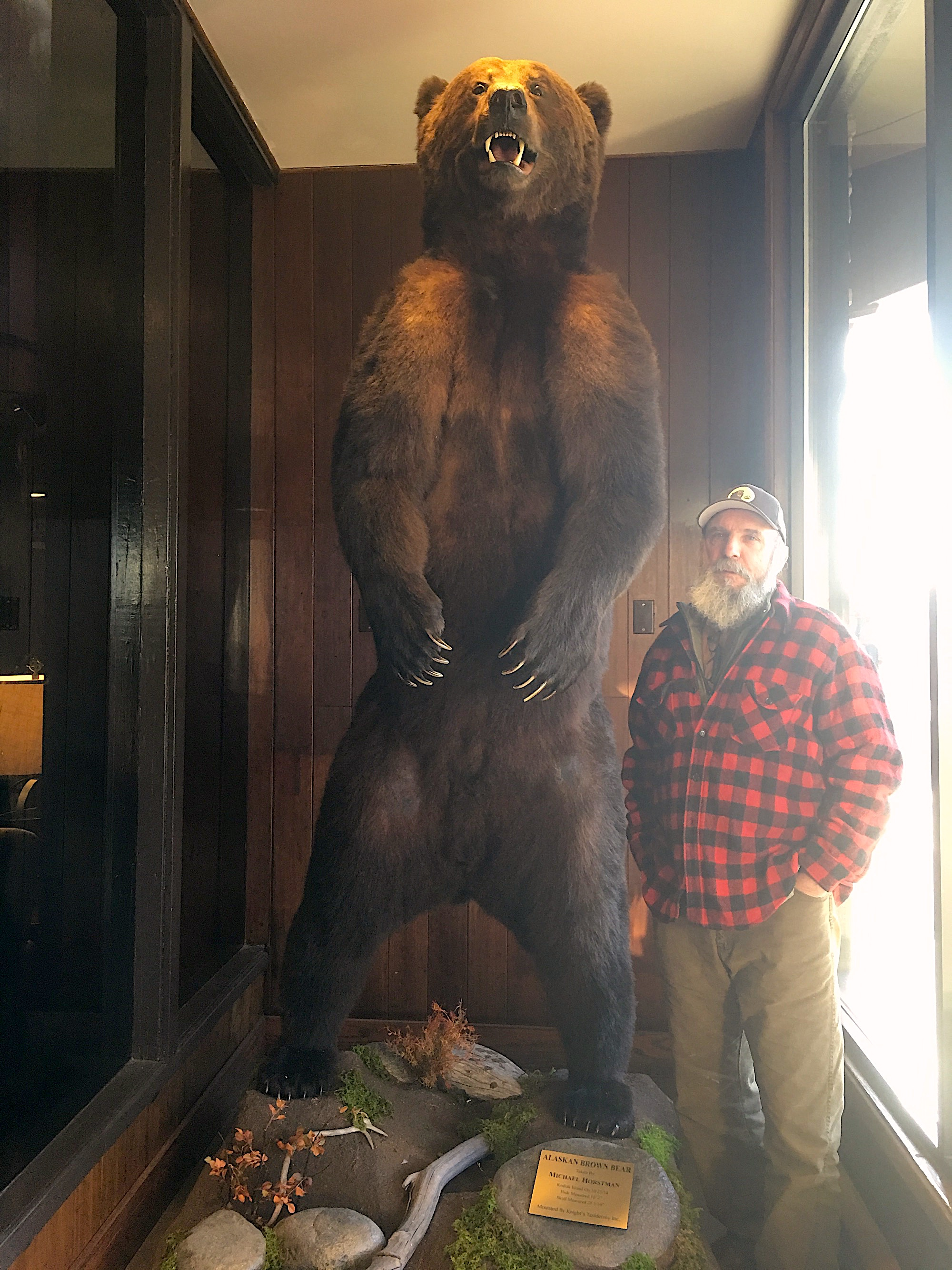 hunting guide and master guide in alaska for mountain goats blacktaildear kodiak bear Michael Horstman