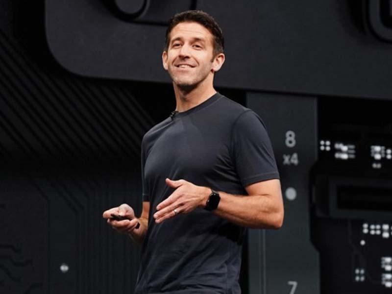 Apple names John Ternus as hardware engineering lead, succeeding Dan Riccio
