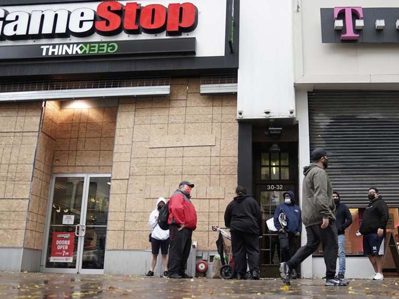 Robinhood is new eye of GameStop storm as outrage grows