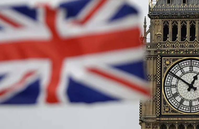 EU citizens in UK threatened with deportation