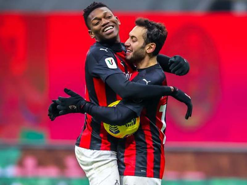 Everton lining up €30m offer for AC Milan attacker; Kean swap mooted