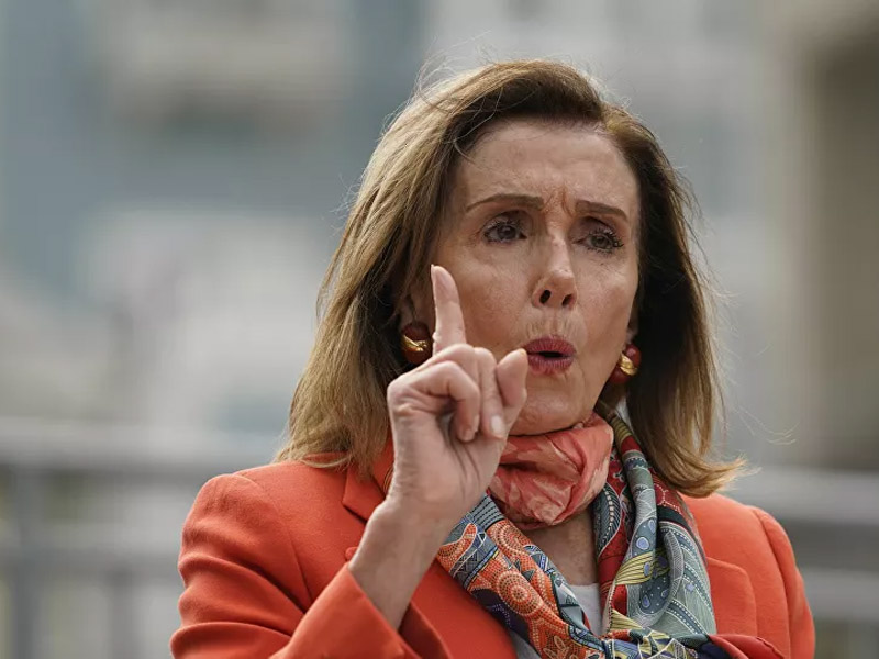 Pelosi Urges US Military Chief of Staff to Stop Trump From 'Ordering a Nuclear Strike'