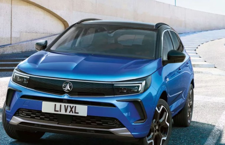 Vauxhall's latest electrified Grandland SUV is full of fancy tech