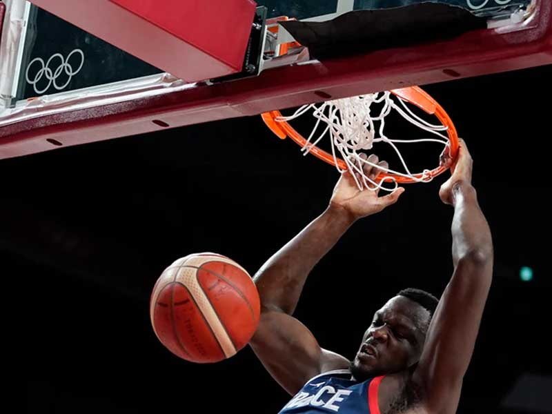 Olympics: French Men's Basketball Team Coasts to Quarterfinals With Win Over Iran