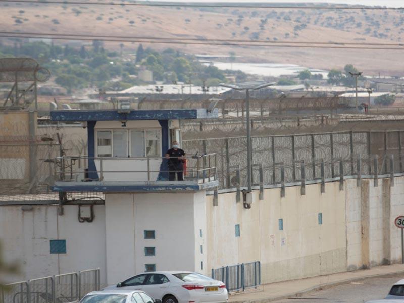 Israel captures four of six Palestinian jail breakers