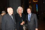 Angela Kanya mit Jordi Hereu (re.) und Jordi Bonet i Armengol (li.)