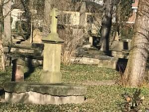 Grabkreuz auf dem Geusenfriedhof, Bild: Uli Kievernagel