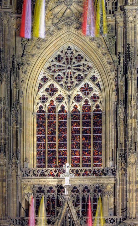 Das Richter-Fenster am Kölner Dom, Bild: Raimond Spekking