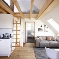 Die groe Dachwohnung mit Galerie - Knigsschlaf: Sieben ...