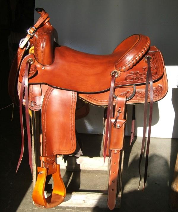 Custom Gaited Saddles