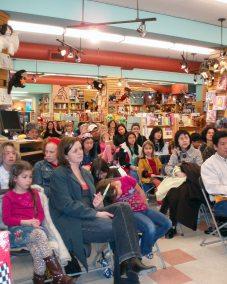 Joy Kogawa at Kidsbooks reading Naomi's Tree