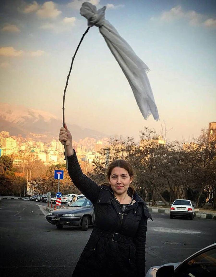 Hoqi-shamin%C3%AB Hoqi shaminë, gruaja iraniane dënohet me 20 vite burg