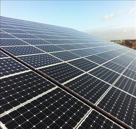 Solaranlage auf der neuen Lagerhalle am Standort Neukloster Hechtskuhl
