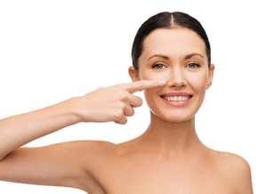 Correggere il naso è possibile anche senza bisturi